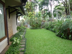 Unfurnished Home with a Pool near Hospital Pondok Indah