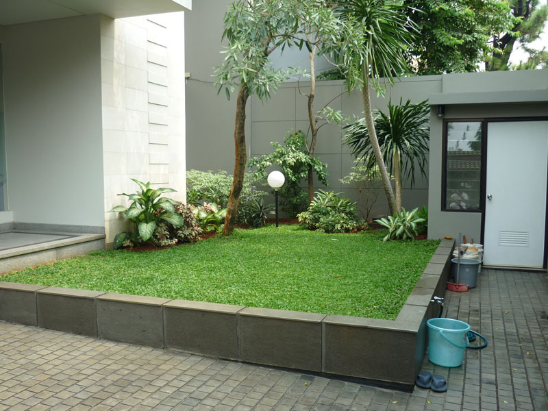 House for rent minimalist modern house in pondok indah for Minimalist house jakarta