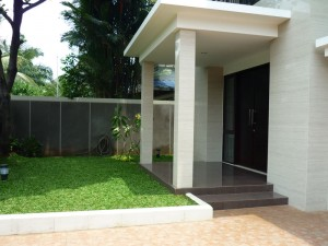 House For Rent: Brand new house in Pondok Indah