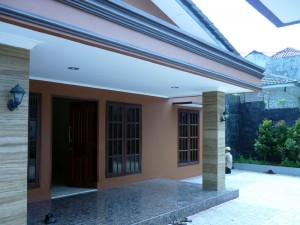 Rent House: Renovation House in Bangka – Kemang