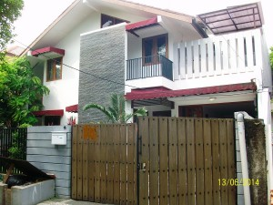House For Rent: Well maintained house with good price