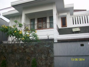 House For Rent: Classical house with big garden at cipete area