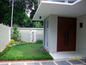 House For Rent: Brand new house with good rental price close to LIF