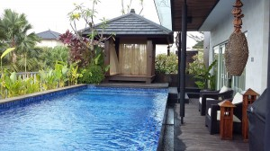 Spacious Luxury Bali Style Villa, 8 min from JIS