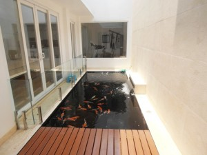 FOR RENT : Good Quality House with 8 Bedroom at Pejaten